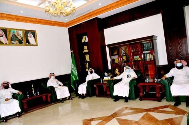 محافظ القريات يلتقي الرويلي ويناقش معه سير العمل – أخبار السعودية