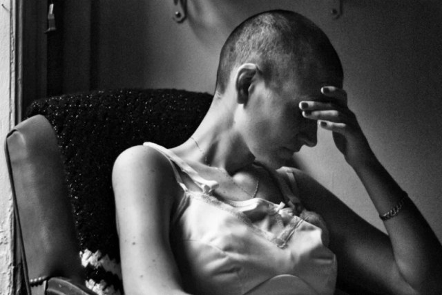 fotografo retrata a su esposa con cancer hasta que muere (21)