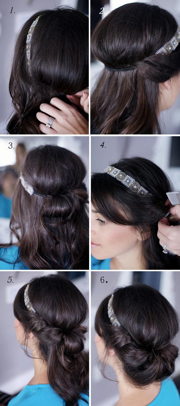 chica describiendo un peinado usando una banda para el cabello
