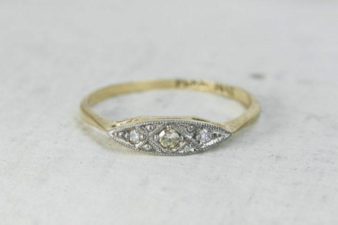 anillo forma ovalo