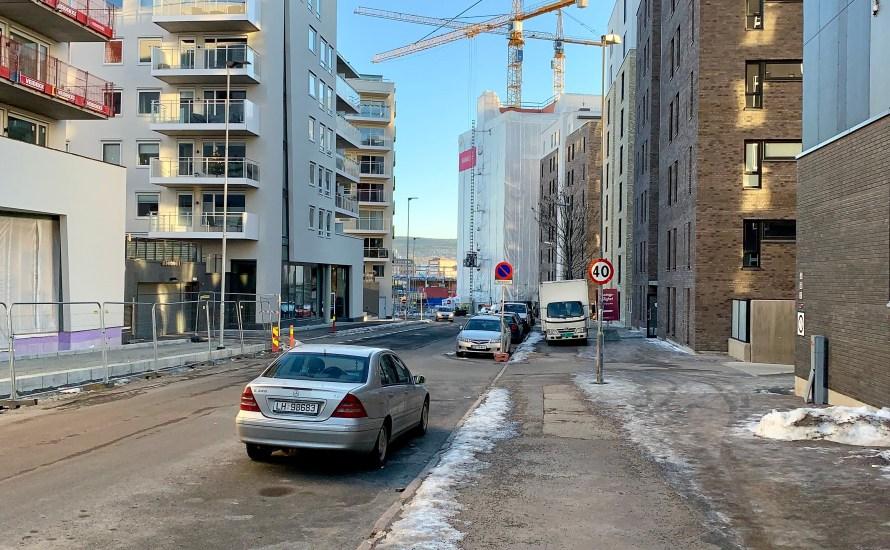 Lørenveien er en del av den grønne ringen gjennom Hovinbyen. Nå er Bymiljøetaten og Plan- og bygningsetaten i gang med å planlegge hvordan gaten skal bli. I prosessavklaringen står det: […]