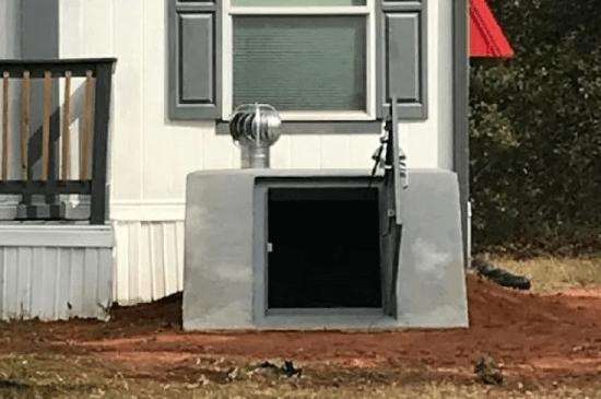 a grey shelter