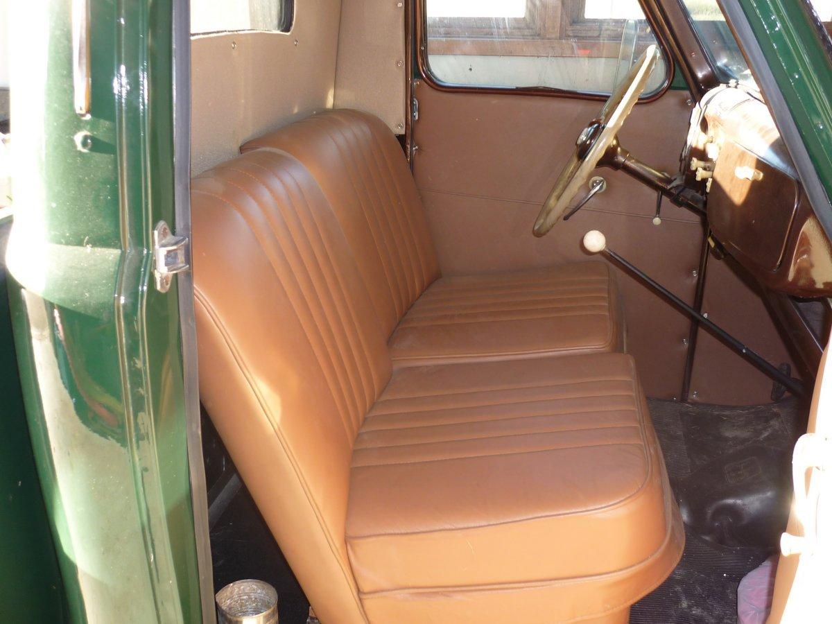 P1010285 - 4x3 - front seats - Copy