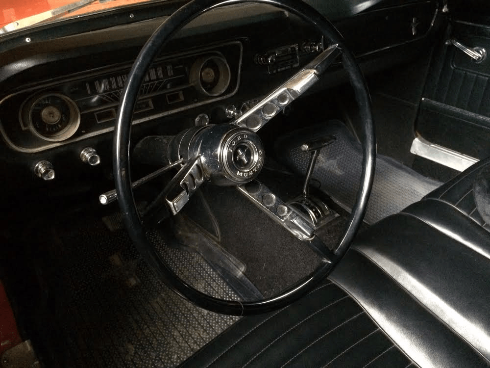 dash-and-steering-wheel