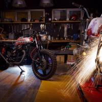 Cafe Raceri iz garaže Clutch & Brake