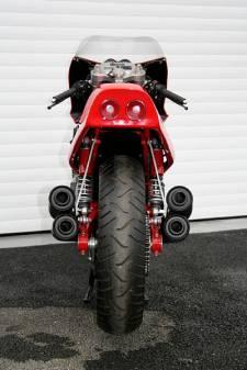 KayEnginerring04 - Ferrari 900
