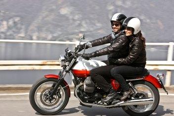 Izvor: http://www.totalmotorcycle.com/motorcycles/2013models/2013-MotoGuzzi-V7-Special1.jpg