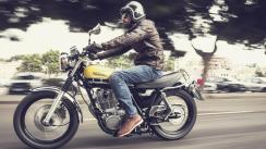 Izvor: https://www.yamaha-motor.eu/hr/produkti/motocikli/sport-heritage/sr400.aspx
