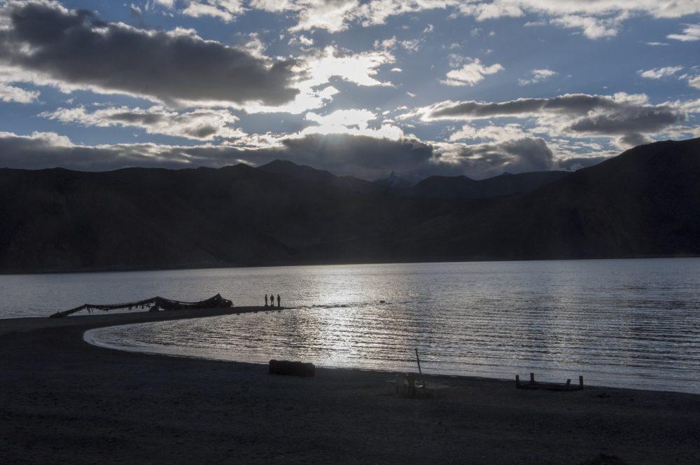 pangong lake de nuit