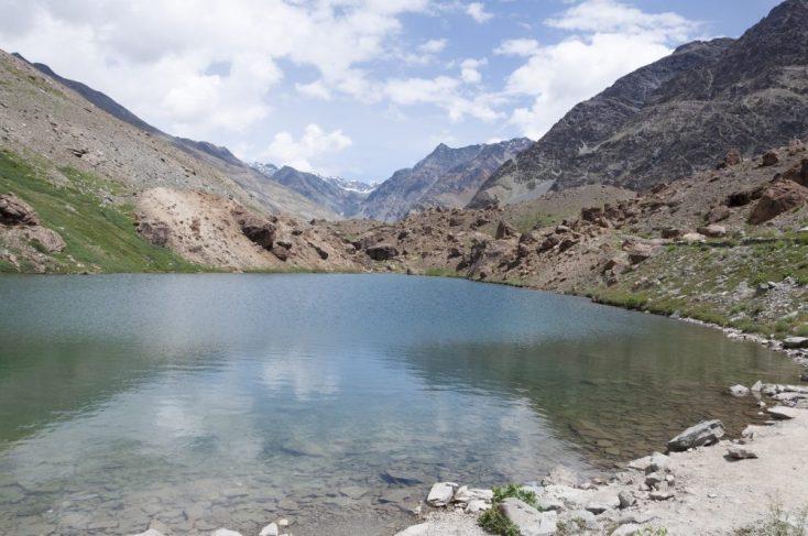 Lac près de Sarchu