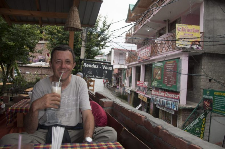 "Bar ""branché"" dans Old Manali"