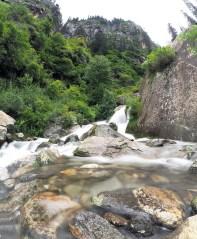 cascade près de Vashisht