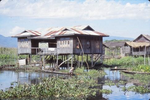 Maison sur pilotis, Inley lake