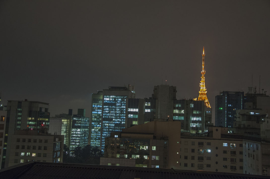 Vue de la chambre, quartier (sympa) de Jardim Paulista