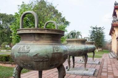Urne dynastique (temple du culte empereurs Nguyen)
