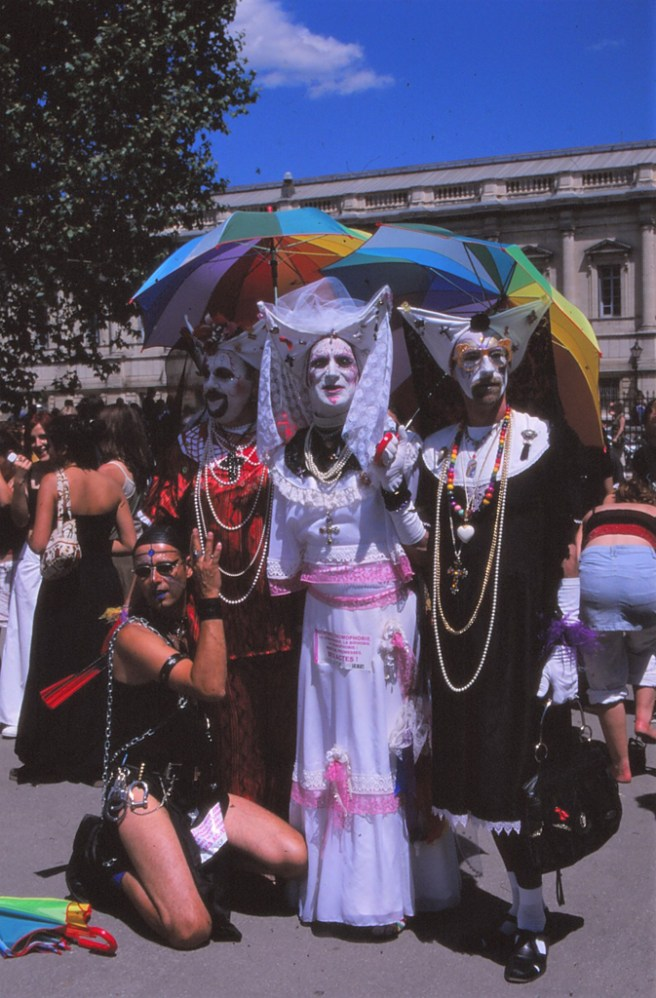 GAY PRIDE 2004 13