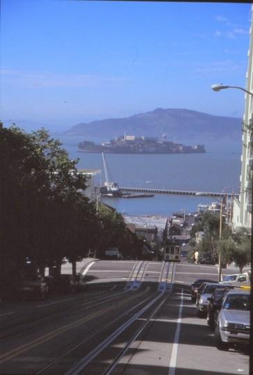 au loin, Alcatraz