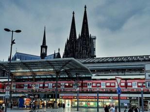 Cologne le Dom et la gare