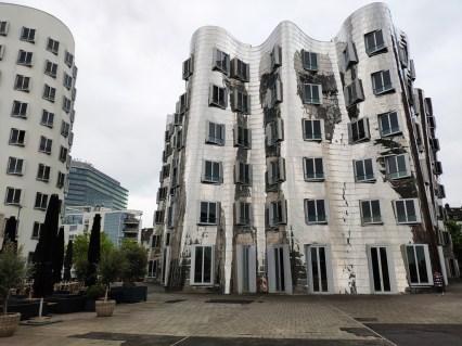 Düsseldorf Gehry bldg