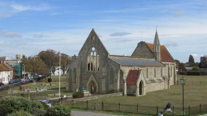 Portsmouth: la cathédrale, en ruines