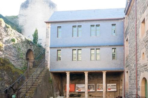 L'office du tourisme (maison à Pondalez)