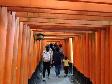 Kyoto fushimi Inari: les Toris