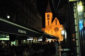 Bosnie Sarajevo, très animée la nuit
