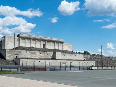 Nuremberg la tribune des congrès du parti nazi