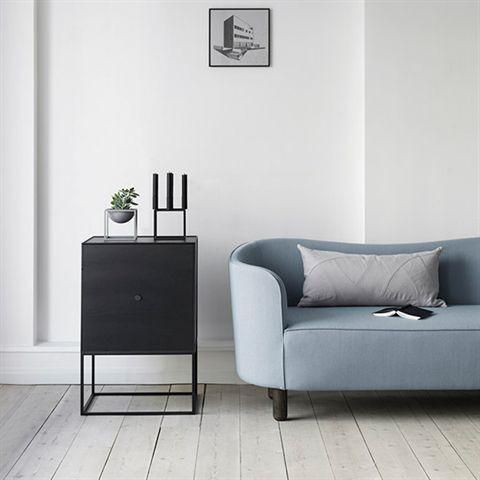 By -Lassen - Frame Sideboard 49, sortbejdset ask inkl. låge, inkl. 1 hylde