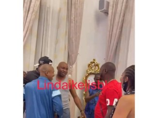 Looks like Prince Kpokpogiri met dancer Jane Mena more than once, as video of him, the dancer and others receiving Peter Okoye surfaces