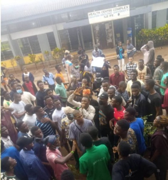 OAU closed down till further notice following protest that broke out over student?s death