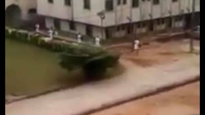 Soldiers storm nursing school in Ihiala, Anambra state to search for gunmen (video)