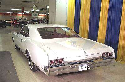 A Picture review of the Oldsmobile from 1960 to 1970 1966 Oldsmobile Jetstar