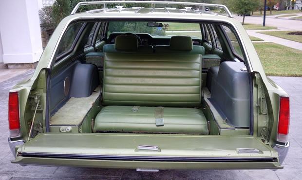 1969 AMC Rebel SST 4-door station wagon - 343V8 and only 24,000 miles