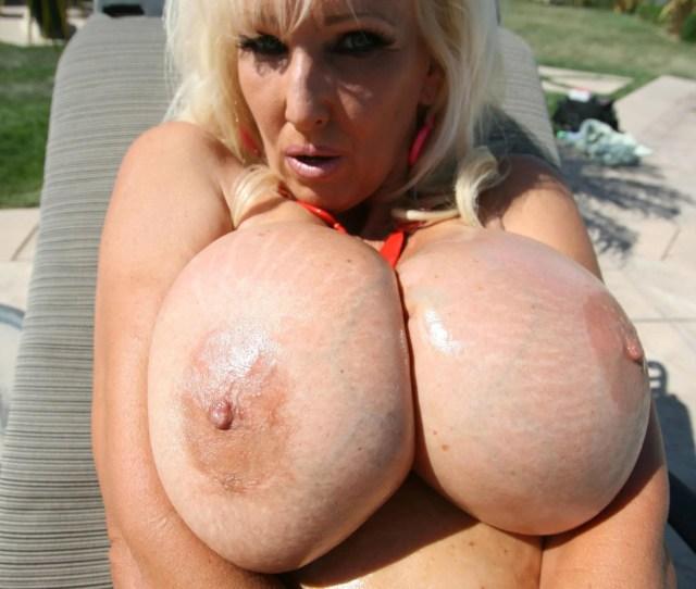 Porno Massive Tits
