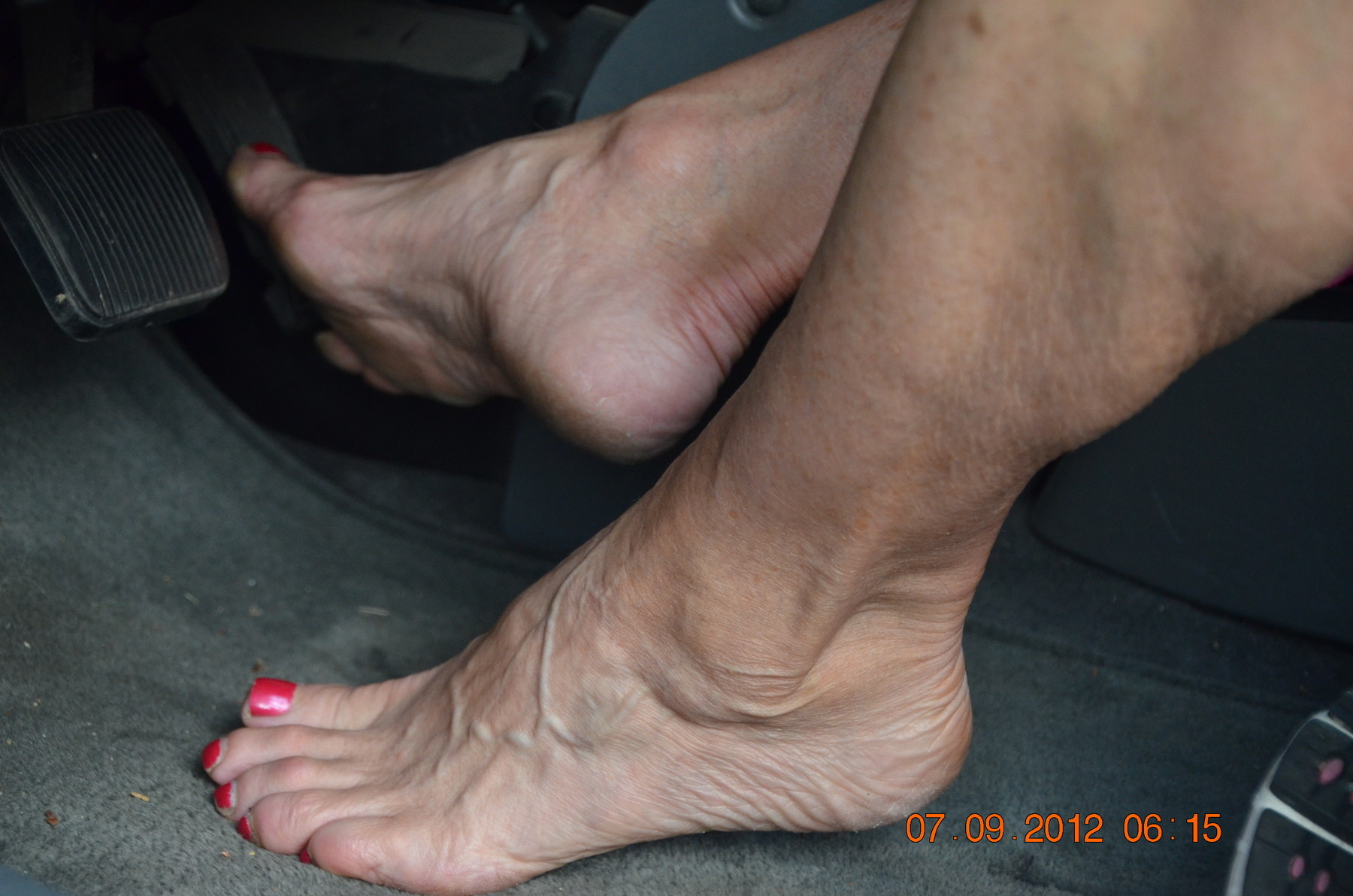 Naked Mature Feet-2430