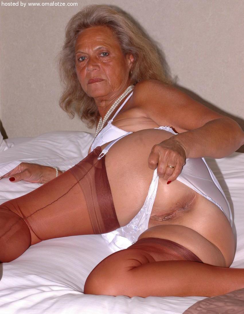 Mature Granny Porn Women Beautiful