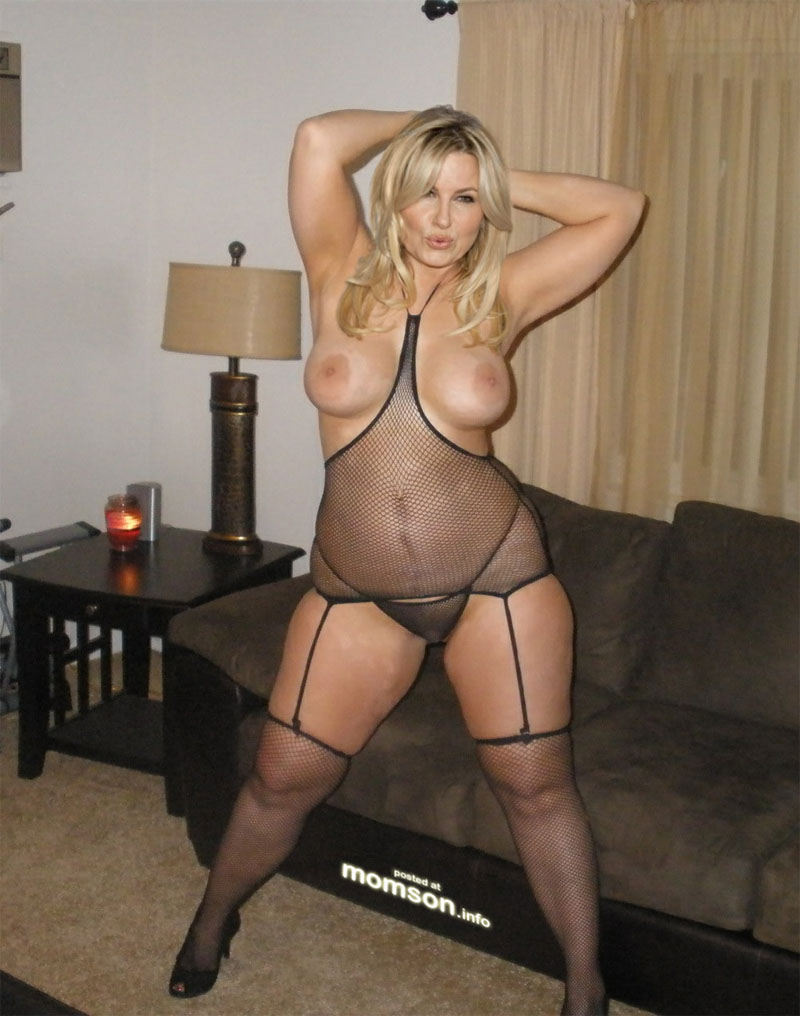 Jennifer coolidge naked
