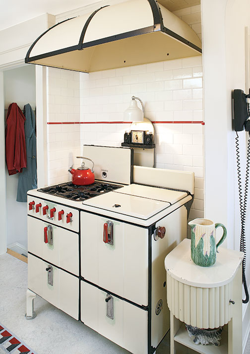 Image Result For Kitchen P Os With Black Appliances