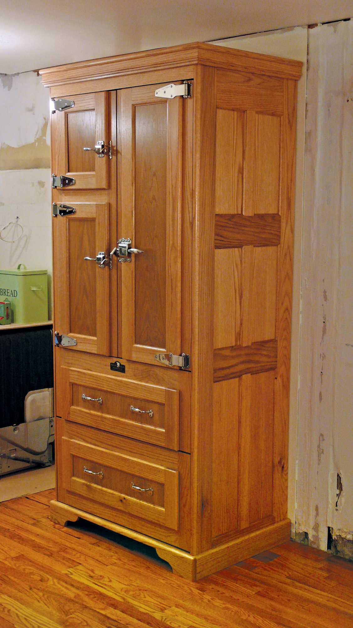 kitchen cabinet design for period