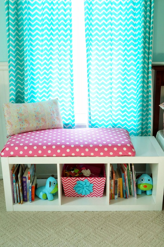 Diy Window Seat Bookcase With No Sew Bench Cushion