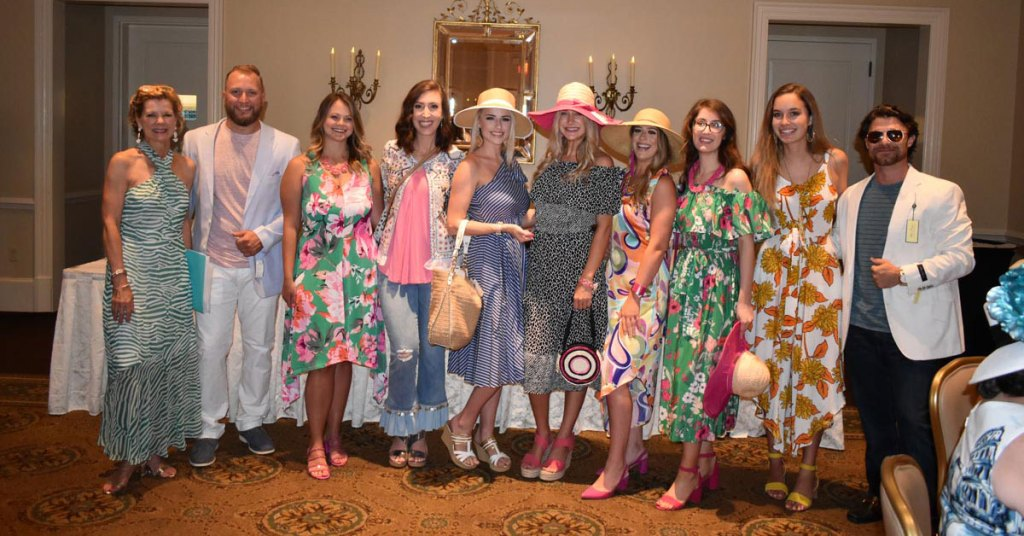 Bloomin' Brunch – Fashion Show