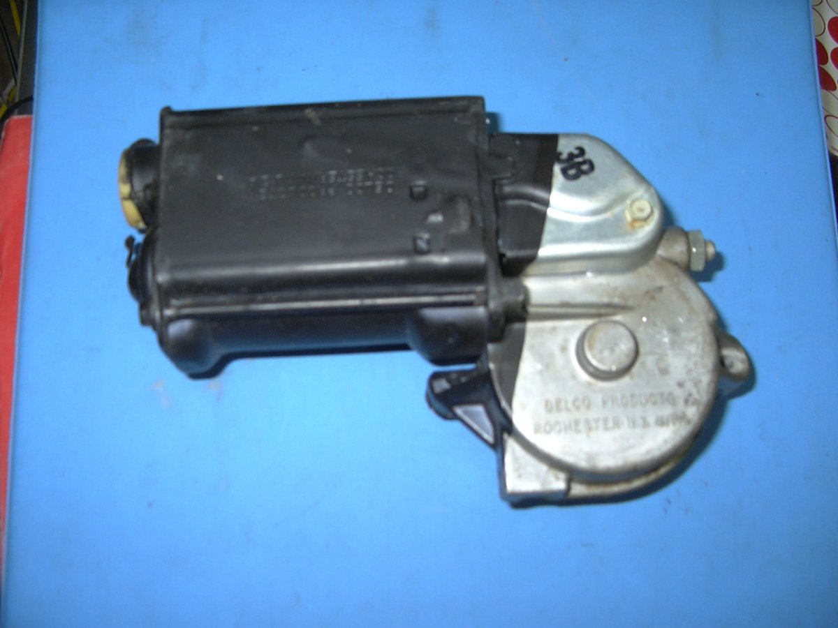 1954 1972 gm left or right hand electric window motor for Electric motor for skylight