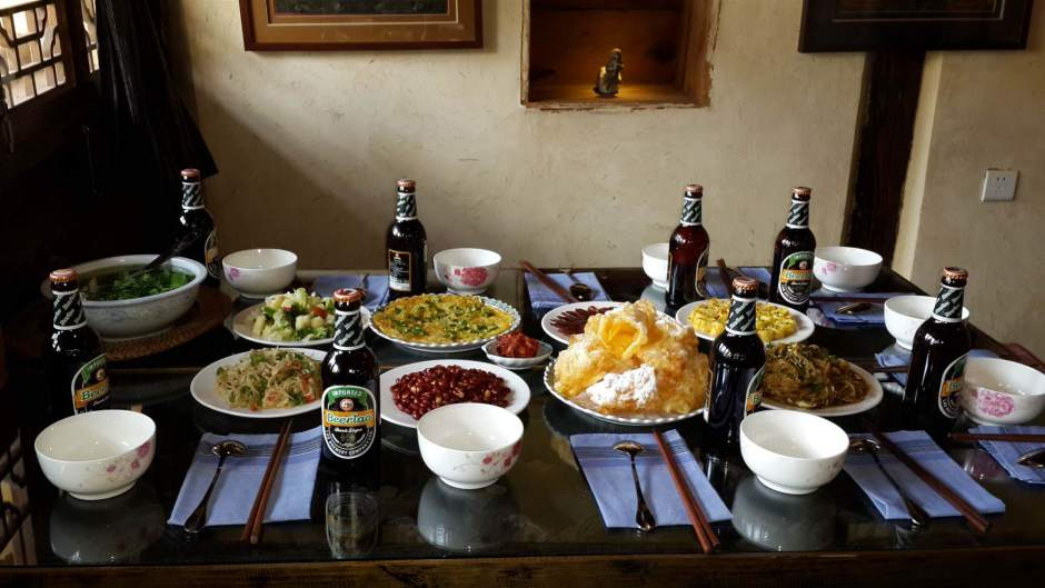 Lunch at Shaxi Pear Orchard Temple organic restaurant - Yunnan China