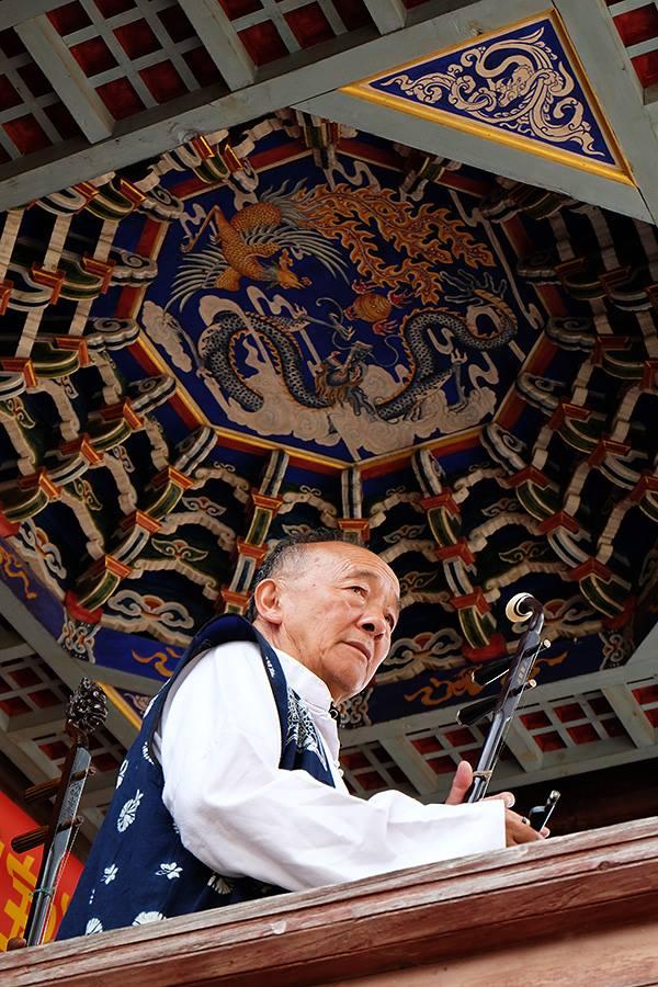 Shaxi music performance - Shaxi old town Sideng Square - Yunnan China