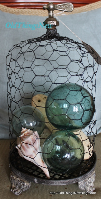 2-Chicken wire cloches 004