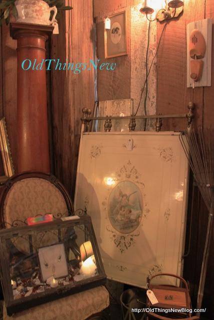 38-Queen Bee French Flea 2013 080
