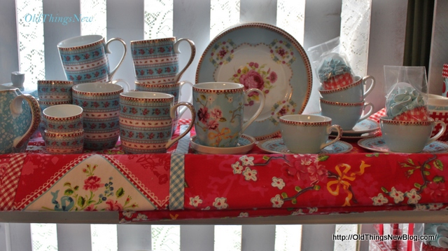24-Velvet Pumpkins & The Secret Garden Tea Room 053