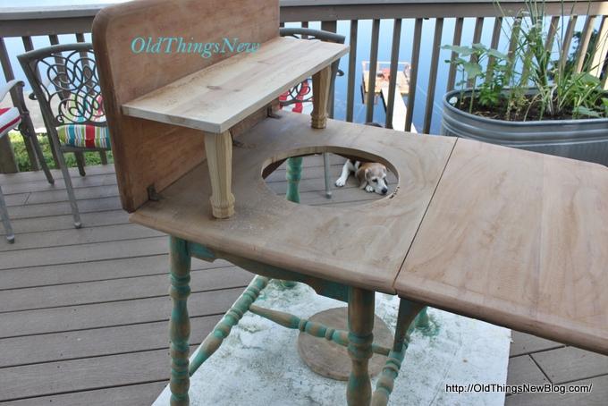 06-Drop Leaf Potting Bench 013