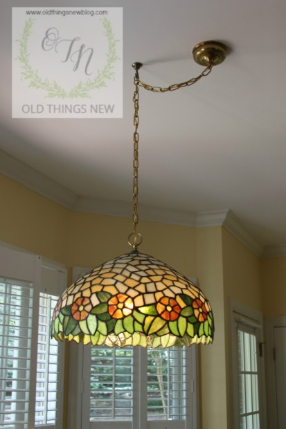 Craigslist. Tiffany Lamp & Packing Boxex 002